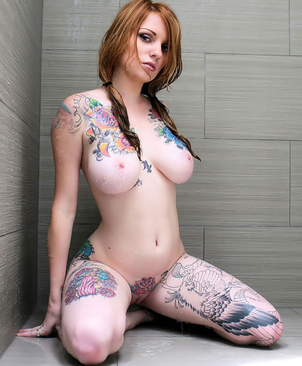 sexy tattooed girls